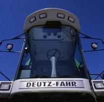 [Deutz-Fahr] cabina deluxe di una mietitrebbia appartenenete alla serie 55