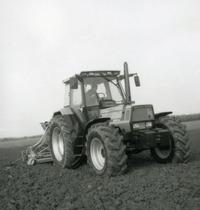 [Deutz-Fahr] trattore Agrostar 6.31 con seminatrice
