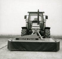 [Deutz-fahr] trattore DX 3.65 con falciatrice