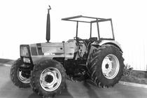 Trattore Deutz-Fahr DX 3.60 a quattro ruote motrici