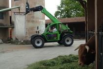 [Deutz-Fahr] Agrovector 30.7 lavori in azienda