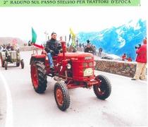 Secondo raduno sul Passo Stelvio per trattori d'epoca