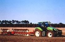 Trattori DEUTZ Agrotron 175 e 200 in aratura