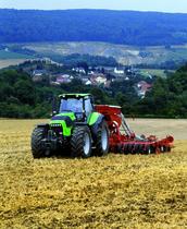 [Deutz-Fahr] trattore Agrotron X 720 al lavoro con seminatrice