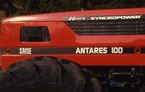 [SAME] trattore Antares 100, particolare del cofano