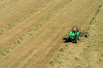 [Deutz-Fahr] trattore Agrolux 60-70 al lavoro in campo e in azienda
