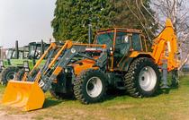[Deutz-Fahr] trattori DX 6.11, DX 4.71 e AgroStar