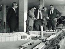 Stabilimento Same - F. Cassani presenta il plastico del complesso Same