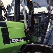 [Deutz-Fahr] trattore DX 4.50 dettagli