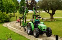 [Deutz-Fahr] trattore Agrolux 57-67 al lavoro con attrezzatura agricola