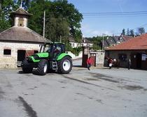 [Deutz-Fahr] trattore Agrotron TTV 1160 in una fattoria
