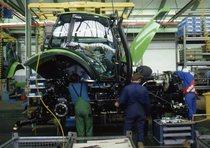 Stabilimento Deutz-Fahr di Lauingen: magazzino, linea di produzione e uffici di progettazione