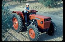 [SAME] trattore Delfino 35 al lavoro