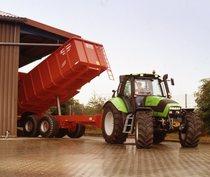 [Deutz-Fahr] trattore Agrotron 165 al lavoro con rimorchio e mietitrebbia