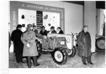 65ª Fiera di Verona, 10-19 marzo 1963 - Stand Same - In primo piano un trattore SAME Puledro serie B 4RM